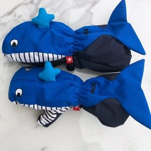 KOMBI Shark Medium Cuff Mittens - Children